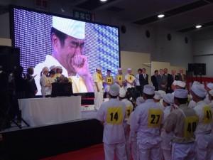 全国から予選を勝ち抜いたそば打ち自慢が福井に集結した、第18回全日本素人そば打ち名人大会が行われました。