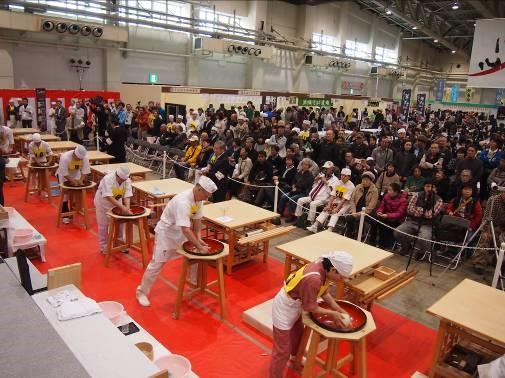 第21回 全日本素人そば打ち名人大会【決勝大会】は、平成28年11月20日(日)開催です。